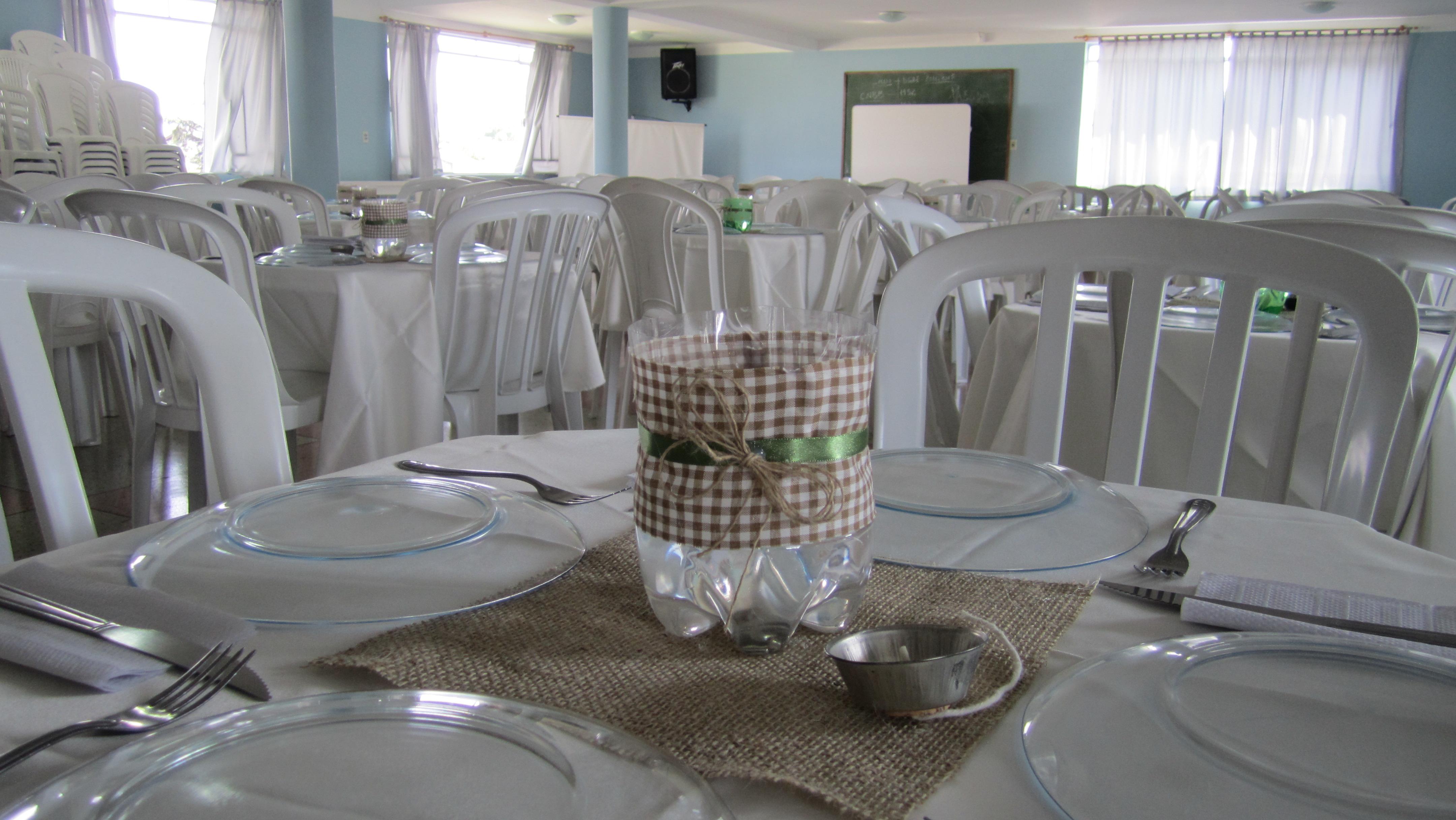 #595146 Mesa de convidados ( fotos de Cristina Quadrini ) 4320x2432 px Idéias Arranjo Cozinha_228 Imagens