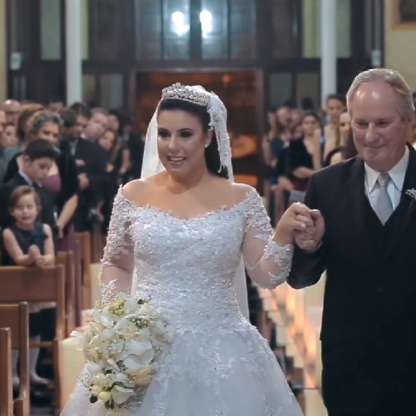 entrada com o pai , vestido princesa , a pegada é igual- Ensinamento por Fatima Ziegler